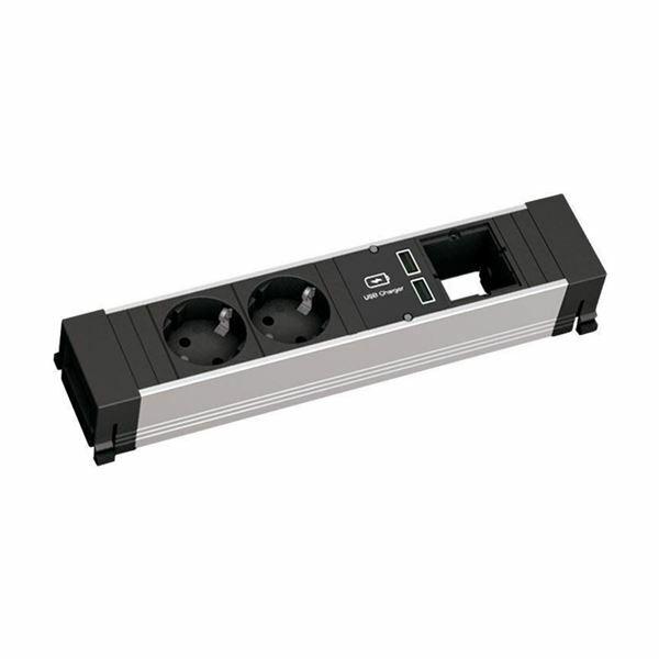 BAC-TOP FRAME vgradni razdelilec medium 2x220V 2xUSB, 1xprazen Bachmann